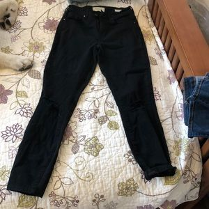 Never worn high-rise black mom-fit jeans